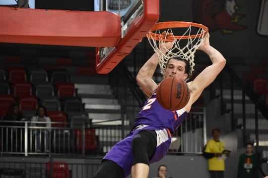 Art Labinowicz dunks during UE's game at Jacksonville State on Monday night.