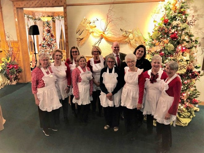 The Friends of the Rahr-West Art Museum with Director Greg Vadney and Assistant Director Diana Bolander at the 2019 Holiday Reception.