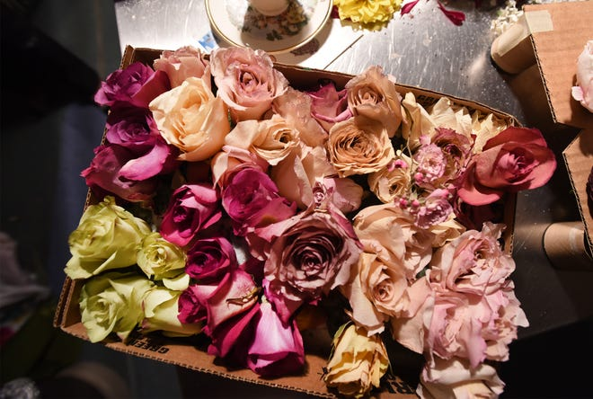"""West Texas Gardening 101 will be Thursday, Dec. 10, from 2-4 p.m. The subject for this seminar is """"Drying Flowers"""". This time of year you may have flowers in your garden you would like to preserve before the first hard freeze."""