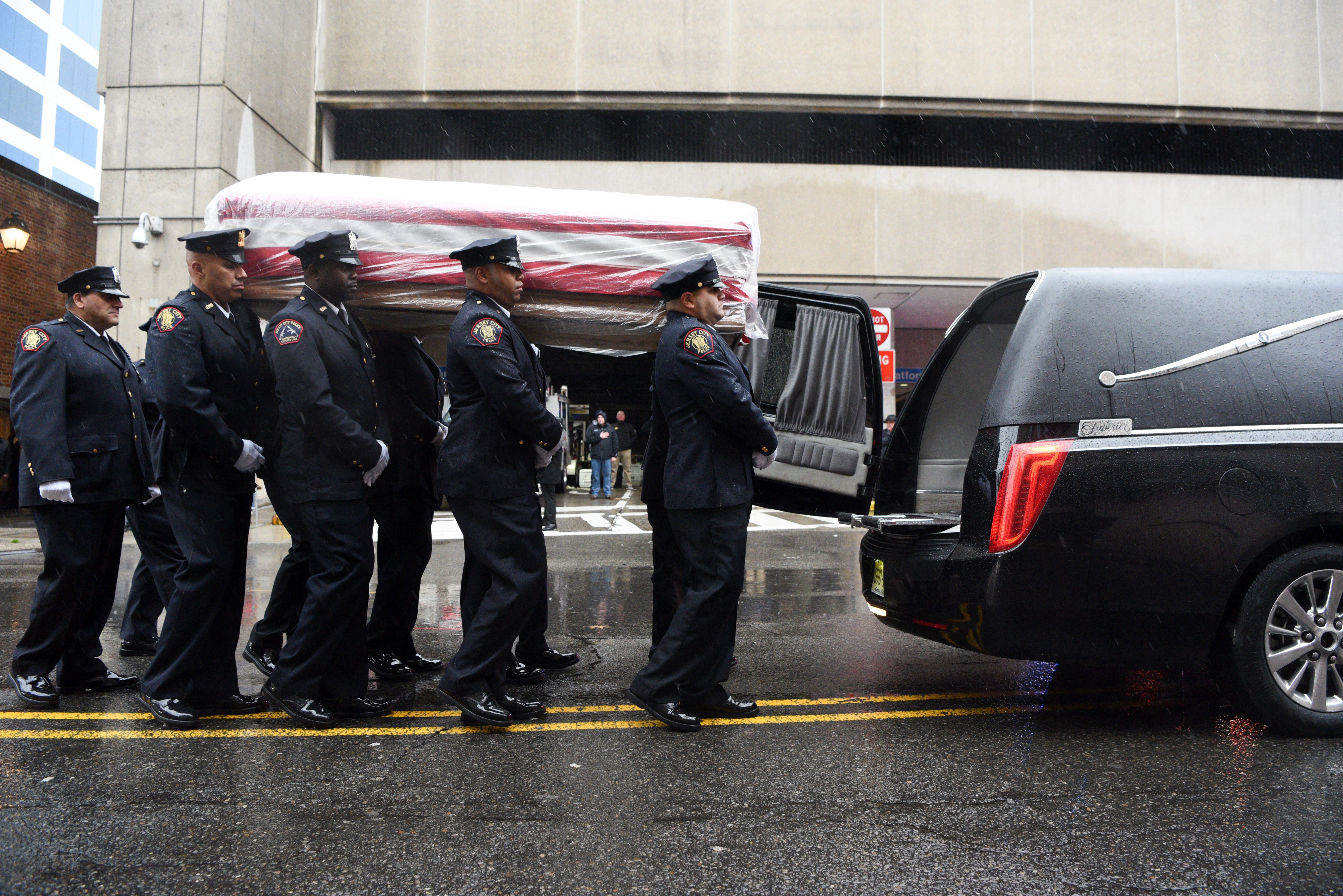 An American hero : Detective Joseph Seals mourned a week after Jersey City shootings