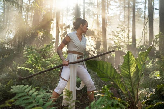 Rey (Daisy Ridley) in the jungle in 'Star Wars: The Rise of Skywalker.'