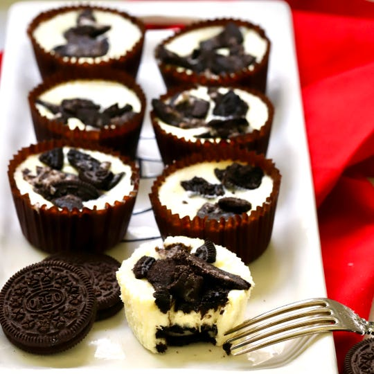 Easy Oreo Cheesecake Cups are perfect for the holidays and special occasions.