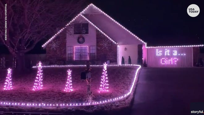 Couple uses Christmas lights for gender reveal