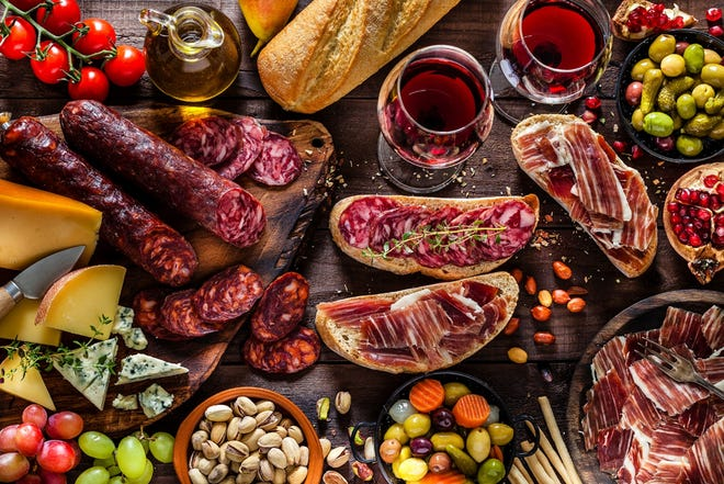 You can create the charcuterie board of the season with this simple step-by-step guide.