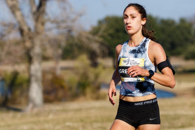 Kinnelon alumna Lexie Greitzer won the Dallas Marathon on Dec. 15, the first marathon she entered.