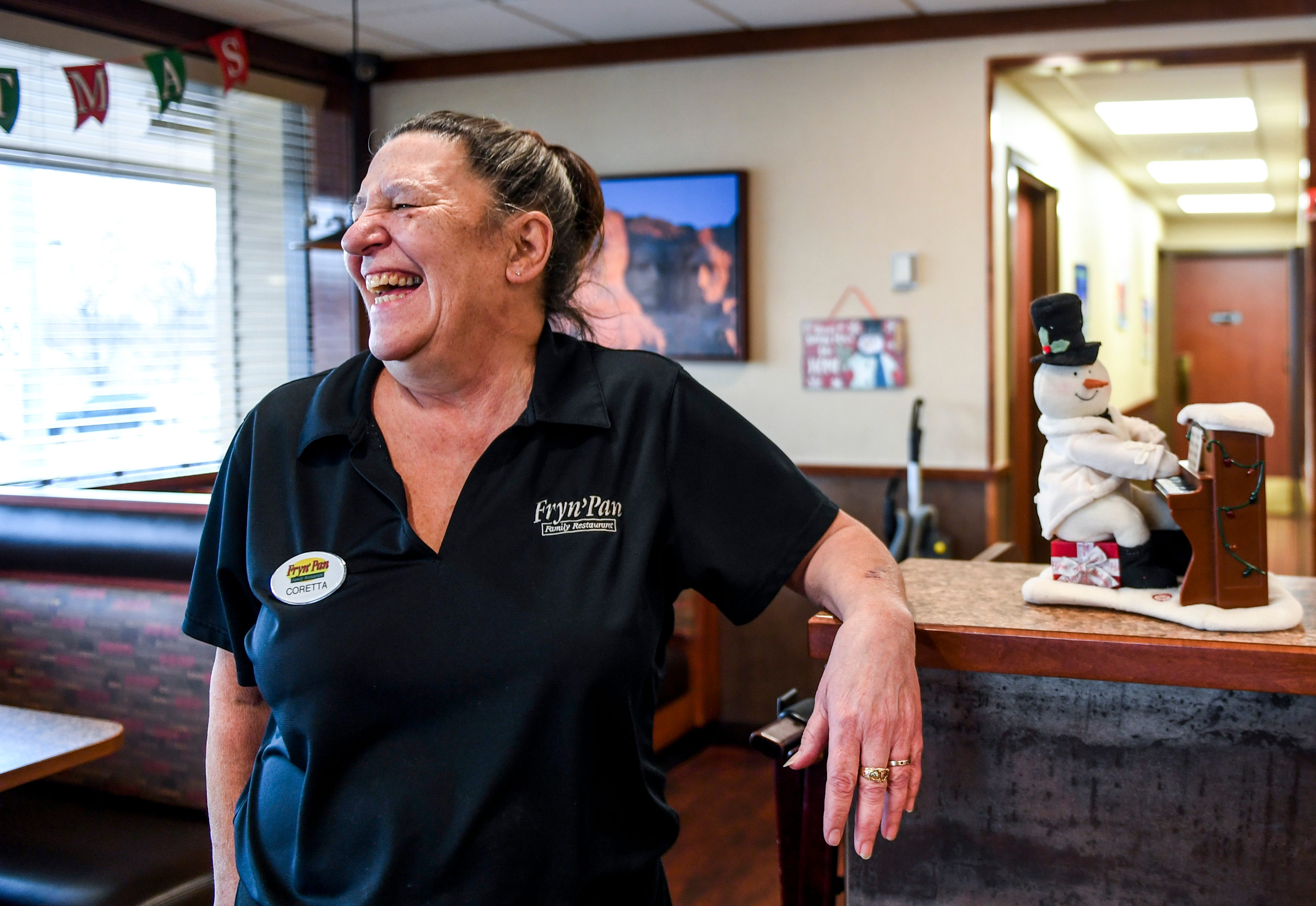 Large Tip Holiday Surprise Means Nearly 1 400 Tip For Sioux Falls Waitress