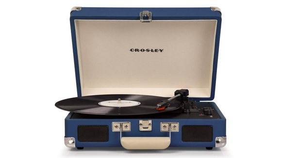 Best gifts for dad 2019: Crosley Radio Cruiser Deluxe Turntable