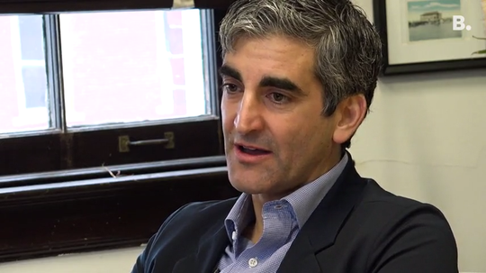 Burlington Mayor Miro Weinberger said he did the right in not disclosing former police Chief Brandon del Pozo's activities or medical leave details.