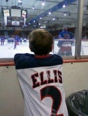 Noah Ellis used to attend Des Moines Buccaneers games when he was younger. Now, the 17-year-old is popping up on NHL radars.