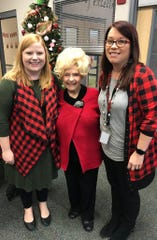 'Rockin' Around the Christmas Tree' singer Brenda Lee visits with students at Stewarts Creek Elementary Dec. 16.