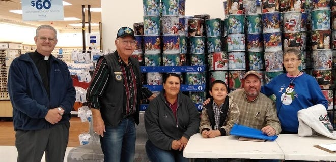 "This holiday season, 80-plus Grant County children were able to shop for the holiday season thanks to Grant County Masons. The annual ""Clothe A Child"" event allocated $110 to each child, chosen by Grant County school nurses as a child in need. Grant County Masonic Relief, which is made up of the Hurley, Mimbres, and Silver City Masonic lodges, sponsored it. For information, contact a Mason near you or call Bob Baker at 575-538-8561."
