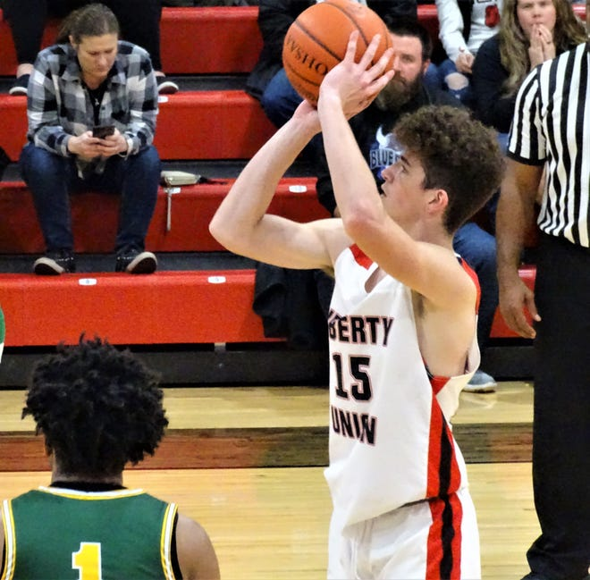 Liberty Union sophomore Jacob Denny gets set to take a shot against Hamilton Township Thursday night. The Lions lost at the buzzer, 54-52.