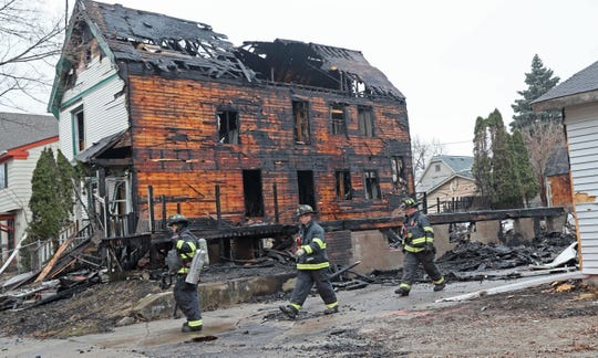 Dec 20, 2019 Milwaukee firefighters worked at the scene of a two-alarm fire early Friday involving at least two houses near North 34th Street and West Mount  Vernon Avenue in Milwaukee.