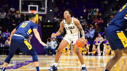 The LSU men's basketball team will meet Louisiana Tech in Shreveport in November 2020.