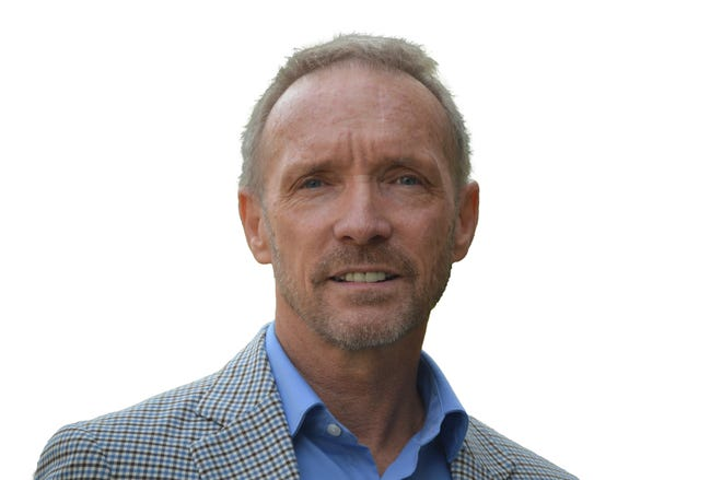 Oakland County Executive David Coulter
