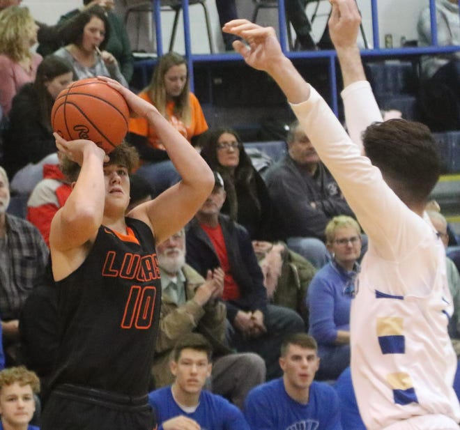 Lucas' Logan Niswander scored 23 points in the Cubs' 66-44 win over New London last week.