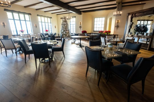 Tables are set up in 1926 at the St. Clair Inn during the restaurant's first weekend of service. The restaurant was fully booked for the first dinner service.