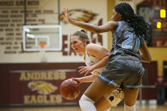 Andress' Shakayla Wilkes goes against Chapin's Milahni Wilkerson during the game Friday, Dec. 20 at Andress High School in El Paso.