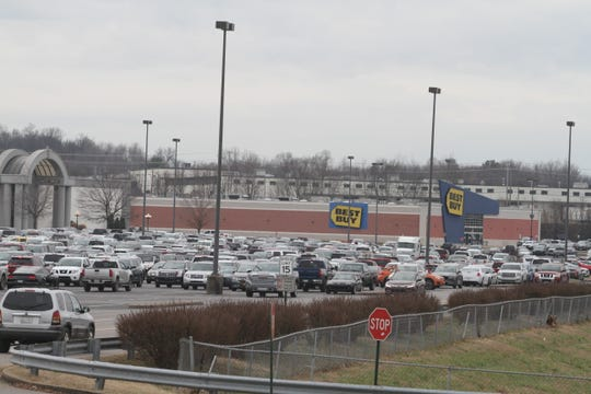 Clarksville's Governors Square Mall, where Mastercuts has been a retail tenant.