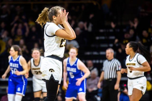 Ncaa Women S Basketball Photos Iowa Hawkeyes Defeat Drake In Iowa City