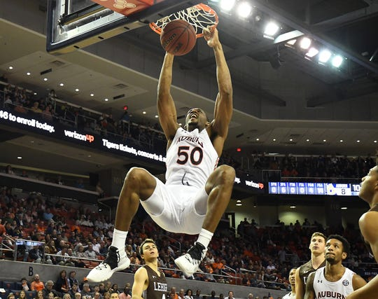Auburn's Austin Wiley (5) dunks against Lehigh on Saturday, December 21, 2019 in Auburn, Ala.