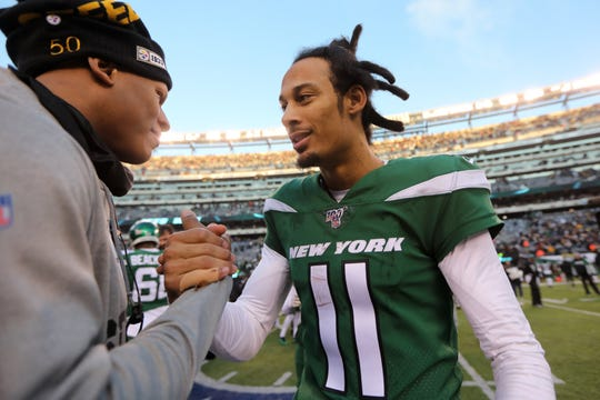 Robby Anderson, congratulates the Steelers on a good game.  Anderson scored a touchdown for the Jets in their 16-10 victory. Sunday, December 22, 2019