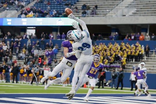 Dec 21, 2019; McKinney, TX, USA;  West Florida Argonauts wide receiver Quentin Randolph (29) could not catch a pass against the Minnesota State Mankato Mavericks at McKinney ISD Stadium. Mandatory Credit: Tim Heitman-USA TODAY Sports