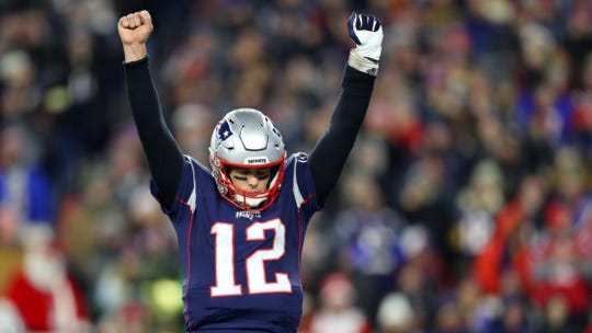 New England quarterback Tom Brady completed his first 10 passes in Saturday's AFC East-clinching win over the Buffalo Bills.