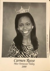 Carmen Foster as MIss Tennessee Valley 2000
