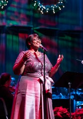 Local vocalist Avis Berry led a holiday favorites sing-along.