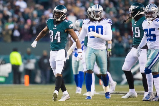 Eagles' Greg Ward (84) celebrates a first down against the Cowboys. The Eagles defeated the Cowboys 17-9.