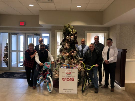 Old Fort Bank gathers donations for Toys for Tots.