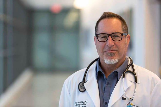 Dr. Curt Daniels