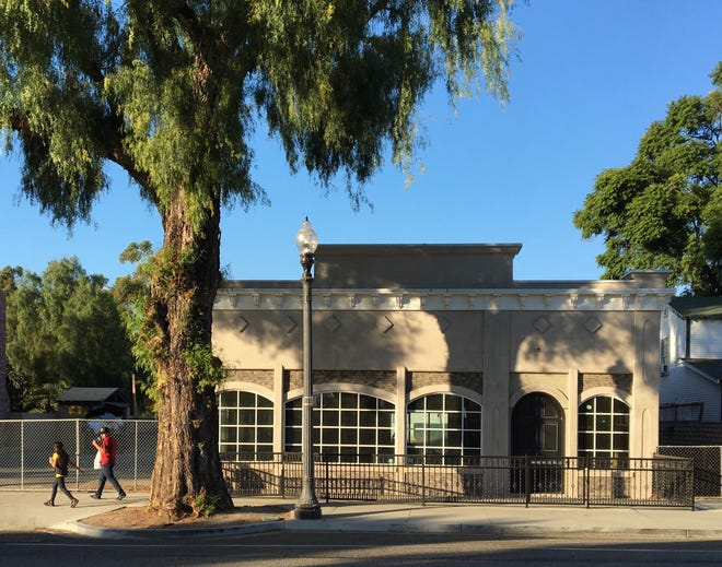 Vacant since the 2015 closure of The Secret Garden, the building at 255 E. High St. in Moorpark has a new restaurant tenant on the way.