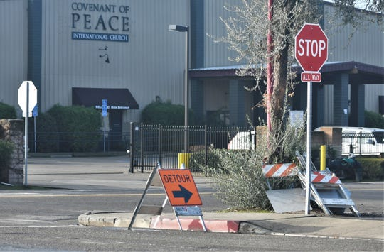 Work on the Tulare Avenue and Santa Fe Street Roundabout Project continues and so do the road closures.