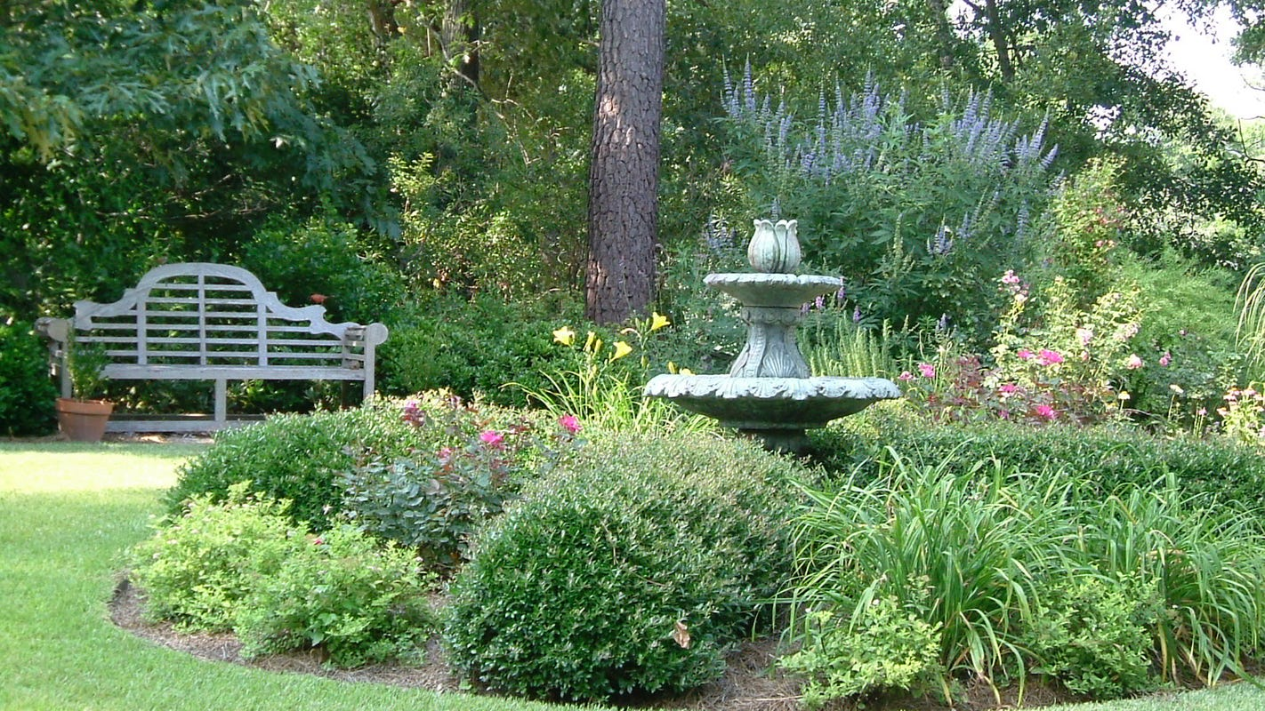 The Well Dressed Garden Climate Smart Landscape Ideas