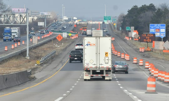 Crews were beginning the process of re-opening 8.5 miles of northbound I-75 to its pre-construction configuration on Friday.