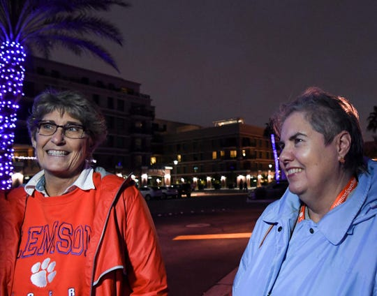 Renee Gambrell, left, Anderson and Marie Mackey walk toward a restaurant in Scottsdale, Arizona Thursday December 26, 2019.