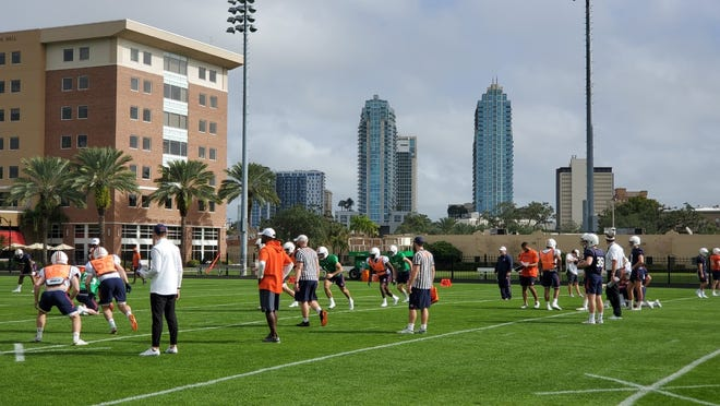 Auburn practices at the University of Tampa on Friday prior to the Outback Bowl.