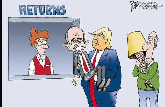 Trump returns Rudy Giuliani.