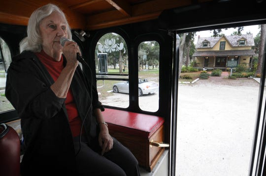 Sue Blue, a Historical Society of Sarasota County narrator and story teller, leads the Sarasota Trolley Tour Bidwell-Wood House in Pioneer Park in 2016. Blue wrote a screenplay about Alfred Bidwell, who was convicted as a member of a secret society of vigilantes and for helping to mastermind Abbe's murder.