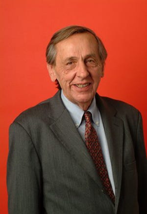 William Greider died from complications of congestive heart failure.