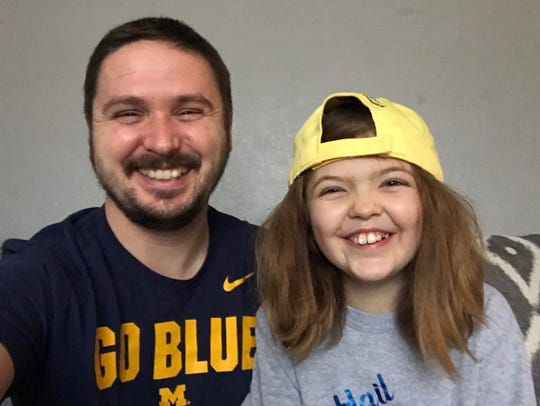 After giving his kidney to his daughter, Buckley is spreading the word on being a donor, and now a trip to the Citrus Bowl will help him do just that