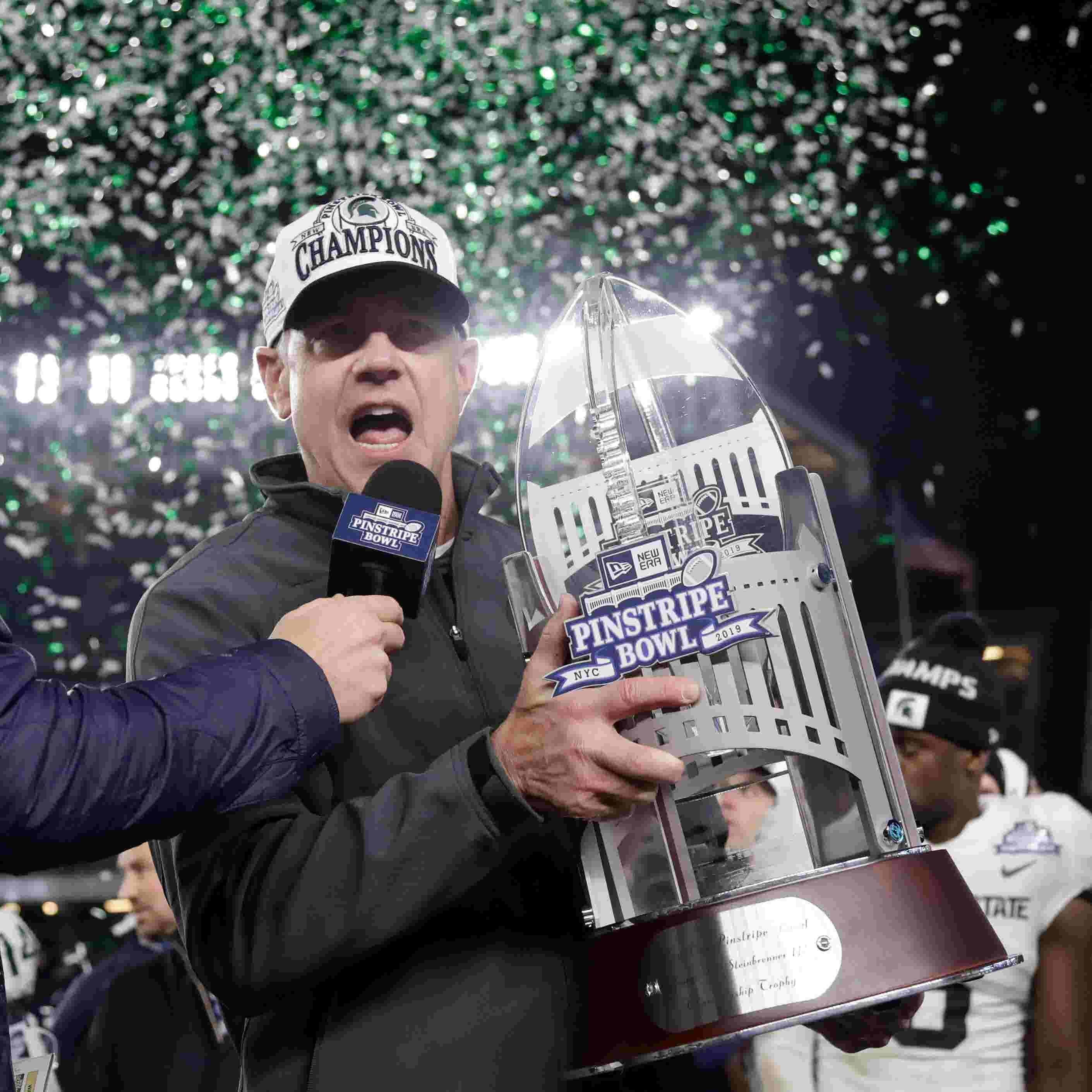 Michigan State S Mark Dantonio Won A Bowl Game It S Up To
