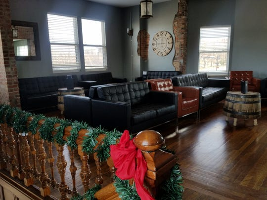 The new large upstairs lounge at The Rooftop Food and Drinks--a nice warm place to gather in the winter.