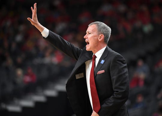 USC Trojans head coach Andy Enfield calls a play during the first half against the Arizona Wildcats in a Pac-12 conference tournament game at T-Mobile Arena.