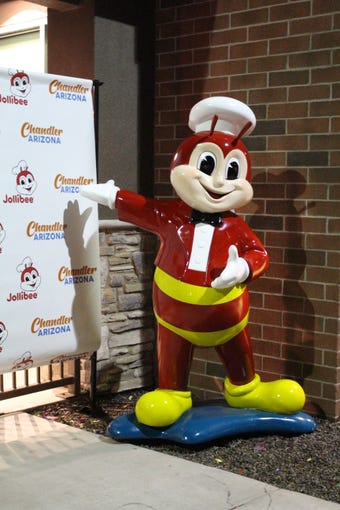 Jollibee in Chandler is now open. Here's a look at the menu