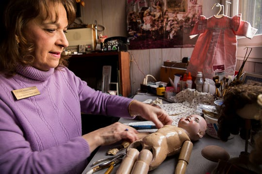 Linda Greenfield is closing the Chili Doll Hospital, where she has repaired damaged antique dolls for more than 40 years.