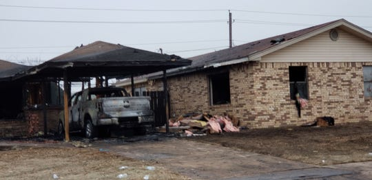 Wichita Falls firefighters and police responded to an early morning structure fire Friday at 4121 Beard Avenue. A vehicle fire spread to two homes.