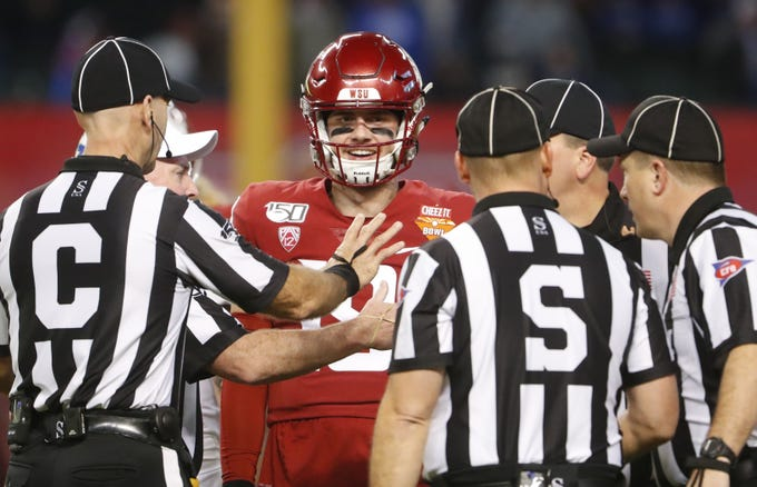 Washington State's quarterback Anthony Gordon (18) reacts to an offensive pass interference call against his team during the fourth quarter against Air Force during the Cheez-It Bowl at Chase Field in Phoenix, Ariz. on Dec. 27, 2019.